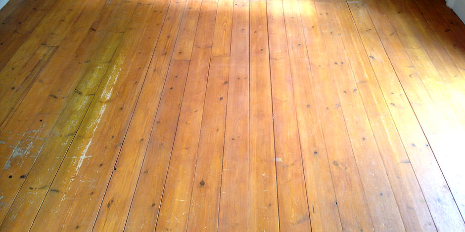 Before-LOUNGE OILED PITCH PINE IN BARNET