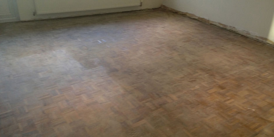 Before-LOUNGE OILED TEAK PARQUET FLOOR IN STANMORE